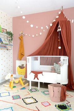 Loving our Kaarol rug here! Submitted by Baby Decor, Kids Decor, Nursery Decor, Bedroom Decor, Lorena Canals Rugs, Little Girl Rooms, Nursery Neutral, Kid Spaces, Interior Design Living Room