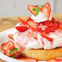 人気No.1パンケーキ店の春メニュー「いちごのレアチーズパンケーキ」がふわふわ濃厚すぎる! - Find Travel