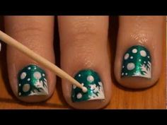 Nail Art Tutorial: Let It Snow