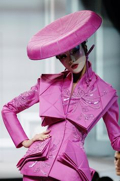 Fashion Show: Christian Dior Haute Couture Spring/Summer 2007