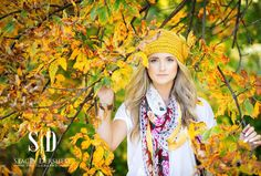 fall senior pictures, Senior pictures, senior poses, senior pictures for girls, senior picture ideas, what to wear for senior pictures, senior portraits, senior photography, stacey dershem photography, beyond the wanderlust, inspirational photography blog