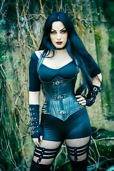Model: Kali Noir Diamond Photo: Vanic Photography Welcome to Gothic and Amazing Hot Goth Girls, Punk Girls, Gothic Girls, Gothic Chic, Goth Beauty, Dark Beauty, Pin Up, Dark Fashion, Gothic Fashion
