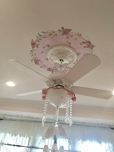 21f2e91936a1 Gorgeous shabby ceiling fan Shabby Chic Cottage