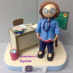 Creaciones el Capricho:Fofucha maestra personalizada.