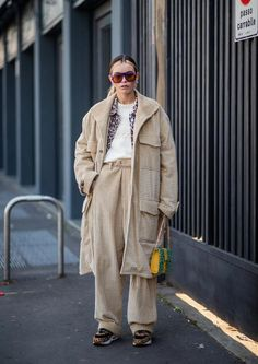 MILAN, ITALY - JANUARY A guest is seen wearing beige corduroy coat and pants outside MSGM during Milan Menswear Fashion Week Autumn/Winter on January 2019 in Milan, Italy. (Photo by Christian Vierig/Getty Images) Street Snap, Mens Fashion Week, Style Snaps, Lookbook, Minimal Fashion, Designer Wear, Street Style Women, Corduroy, Fashion Online