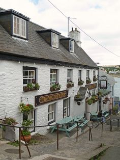 The Victory Inn, St Mawes, Cornwall http://search.pricebuster-travel.com/Hotel/The_Victory_Inn.htm