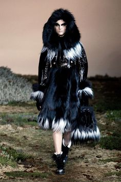 Alexander McQueen Automne/Hiver 2014, Womenswear - Défilés (#18161)