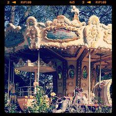 merry go round.