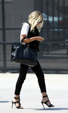 One if my favorite shots of Ashley in an edgy chic look!   ps- Checkout the blog for a big sale going on now!