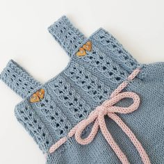 ~ Andrine sommerkjole ~ #klompelompe #klompelompeboka #andrinesommerkjole #strikkedilla #strikk #strikking #strikke #strikket #dropsgarn #knit #knitting #knitted #knitforkids #handmade #knittersofinstagram #knitstagram #instaknit #børnestrik #strik #sticka #andrinekjole #knitinspo123 #følgstrikkere #norskbarnemote #knitinspiration #stricken #jentestrikk