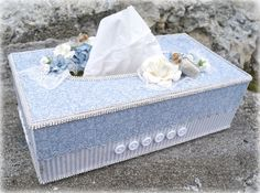 Mitt Lille Papirverksted: Blue Kleenex Box