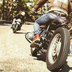 Cafe racer culture . Redwings and Denim