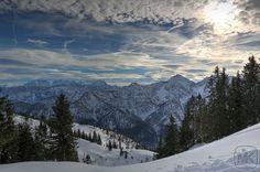 Rauschberg; HDR; Herrliche Sicht; Blick zum Sonntagshorn und zum Watzmann Massiv.  #Oberbayern; #Ruhpolding #Bayern #Berge #Mountain #Snow #HDR