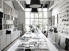 31 best showroom interior design images showroom interior design rh pinterest com