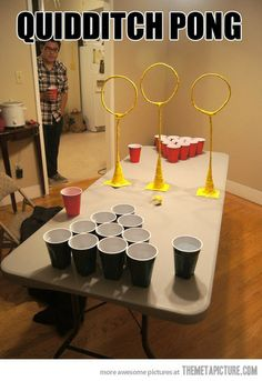 Quidditch pong, drinking games, beer pong, harry potter - this would be fun. Harry Potter Fiesta, Cumpleaños Harry Potter, Harry Potter Birthday, Harry Potter Cakes, Harry Potter Halloween Party, Daniel Radcliffe, Doug Funnie, Scorpius And Rose, Anniversaire Harry Potter