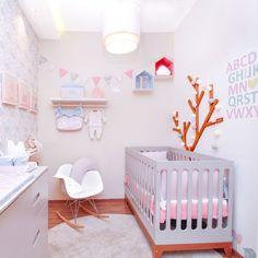 Saiba como fazer a decoração de quarto de bebê: simples, masculino, feminino e mais com dicas de projetos e fotos para se inspirar. Confira!