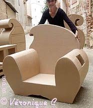 Le premier fauteuil de cartonnage de Véro