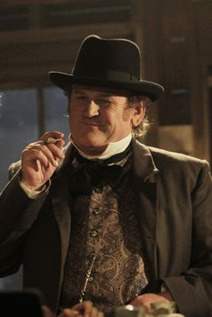 Season 1 of HellOnWheels and the antagonist to Cullen: Thomas Durant, played by Colm Meany.