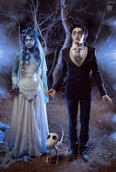 """How about a little cosplay as the characters in Tim Burton's Corpse Bride, wouldn't it be fun? Real life Tim Burton's """"Corpse Bride"""" by cosplay artist Malro-Doll. Hallowen Costume, Unique Halloween Costumes, Halloween Cosplay, Amazing Costumes, Halloween Decorations, Tim Burton Halloween Costumes, Skeleton Costumes, Creative Costumes For Couples, Halloween Outfits"""