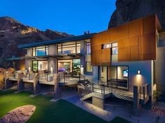 Arizona Contemporary by Luster Custom Homes