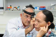 Cần đi khám chuyên khoa kịp thời để sớm phát hiện các bệnh về tai