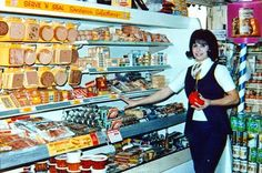 Go Retro!: Paper...or Paper? A Look Back at Vintage Grocery Store Excursions