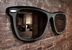 Looking Good Mirror | Cool Material. I would look at myself all say in this mirror. Oh yes indeed.