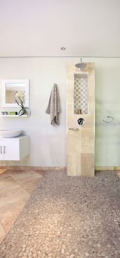 tips for installing a wet room Wet Room Bathroom, Bathroom Renos, Small Bathroom, Tiny Wet Room, Gadgets, Construction, Wet Rooms, Bathroom Interior Design, Dream Decor