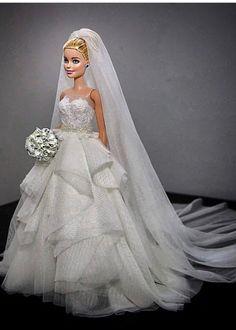 Barbie Bridal, Barbie Wedding Dress, Barbie Dress, Barbie Clothes, Madame Alexander, Bridal Gowns, Wedding Gowns, Barbie Mode, Barbie Fashionista Dolls