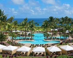 the spectacular pool at the top Maui resort, Ritz Carlton, our favorite Maui resort