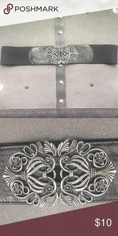 Selling this Elastic Hook Belt on Poshmark! My username is: tiffsho. #shopmycloset #poshmark #fashion #shopping #style #forsale #Accessories