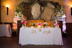 Mr and Mrs Sweetheart Table - Dubsdread Wedding - Orlando FL - Photo: Leah Langley Photography - Click pin for more photos  www.orangeblossombride.com