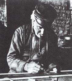 Een Geldropse Rietkammenmaker, omstreeks 1925