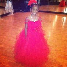 TuTu dress for Apple red wedding ! Girls Tutu Dresses, Tutus For Girls, Prom Dresses, Formal Dresses, Wedding Dresses, Flower Girl Tutu, Flower Girl Dresses, Apple Red Wedding, Red Apple