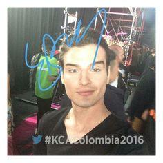 Selfie en KCAColombia 😍 #EduardoPerez #KCAColombia #actor #modelo #colombia #italia