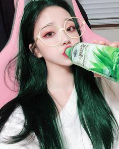Korean Girl Photo, Cute Korean Girl, Jung So Min, Girl Pictures, Girl Photos, Uzzlang Girl, Cute Anime Pics, Asia Girl, Korean Ulzzang
