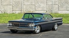 1960 Pontiac Ventura Pontiac Ventura, Pontiac Catalina, 1960s Cars, Classic Car Restoration, Pontiac Cars, Vw Vintage, Gm Trucks, Us Cars, Custom Cars