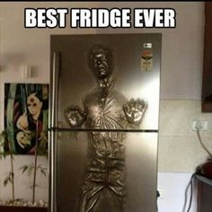 Funny pictures about Han Solo Carbonite fridge. Oh, and cool pics about Han Solo Carbonite fridge. Also, Han Solo Carbonite fridge. Star Wars Meme, Star Trek, Star Wars Han Solo, Star Wars Fan Art, Han Solo Fridge, Objet Star Wars, Han Solo Frozen, Cultura Nerd, Geeks