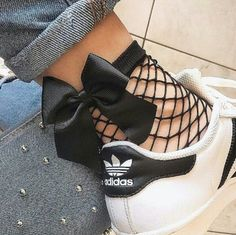 2017 Fashion New Ruffle Fishnet Ankle High Socks Women Girl Pricness Mesh Lace Socks Bow Knot Fish Net Short Socks Fishnet Ankle Socks, Ankle High Socks, Lace Socks, Mesh Socks, Ripped Tights, Ripped Jeans, Denim Leggings, Denim Jeans, Grunge Winter Outfits