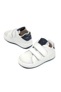 Λευκά δερμάτινα sneakers βάπτισης με χρατς Babywalker για αγόρια, annassecret, Χειροποιητες μπομπονιερες γαμου, Χειροποιητες μπομπονιερες βαπτισης Adidas Superstar, Adidas Sneakers, Baby Shoes, Clothes, Fashion, Outfits, Moda, Clothing, Fashion Styles