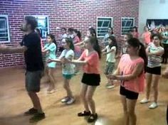 Music Lessons For Kids, Music For Kids, Music Education, Physical Education, Movement In Music, American Folk Music, Zumba Kids, Dance Games, Fun Songs