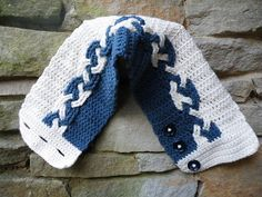 Ravelry: Celtic Cowl pattern by Kendall Nahorniak