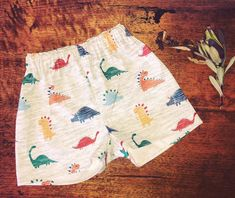 Dino Shorts Cute Shorts, Handmade Clothes, Patterned Shorts, Stylish Outfits, Little Ones, Sunnies, Boy Or Girl, Dads, Swimwear