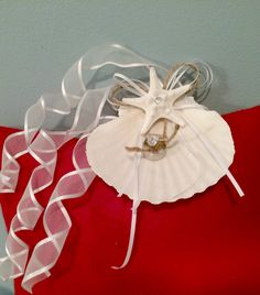 White and gold Kanzashi flower scallop shell ring holder for beach
