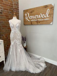 Buy Wedding Dress, Lace Wedding, Wedding Dresses, Essense Of Australia, Mermaid Wedding, Bridal, Fashion, Bride Dresses, Moda