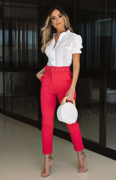 Looks Pinterest, Olivia Palermo, Summer Trends, Look Fashion, Ideias Fashion, Capri Pants, Casual Outfits, Lifestyle, How To Wear