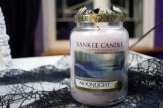 Light My Fire : Moonlight de Yankee Candle   Blood is the new Black