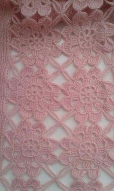 Butterfly Motif Vest (Made of Motif) Crochet Borders, Crochet Squares, Crochet Granny, Crochet Motif, Crochet Designs, Crochet Doilies, Crochet Flowers, Crochet Baby, Free Crochet