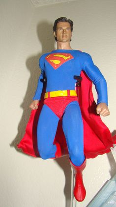 Superman, Smallville, Man of Steel, Tom Welling Hot Toys Custom! With Stand NEW!