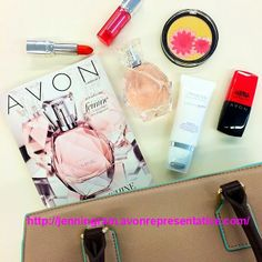 A look at Whats In My Bag for a sunny NYC spring Saturday! Shop here for your bag http://jenningram.avonrepresentative.com/